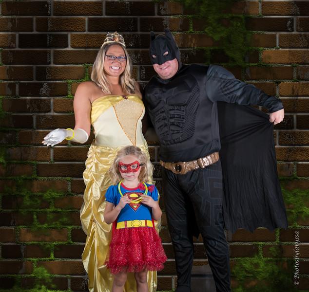 2015 Halloween_LAG0418-Edit.jpg