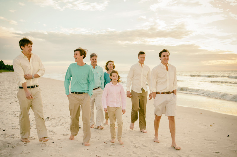 Michelle's Family Pictures _ Naples Pier 147.JPG