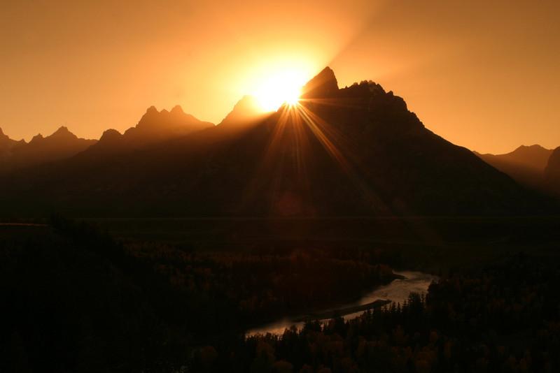 Teton sunstar.jpg