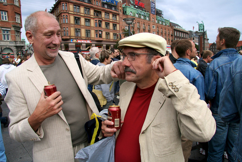 Henrik helping Jesper to keep the voice of the host, Klaus Bondam, out of his ears. He doesn't like that voice...