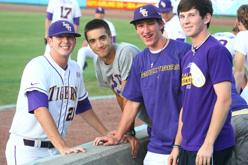 \\hcadmin\d$\Faculty\Home\slyons\HC Photo Folders\Alumni Athletes-Baseball_LSU\6W2Y4204.JPG