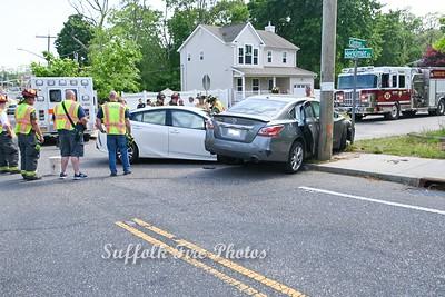 2 Car MVA VS Pole, Mastic NY  Clinton Ave & Herkimer. 5/23/2021