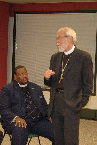 An ELCA pastor listens intently as Bishop Hanson elaborates on his hopes for the ELCA.
