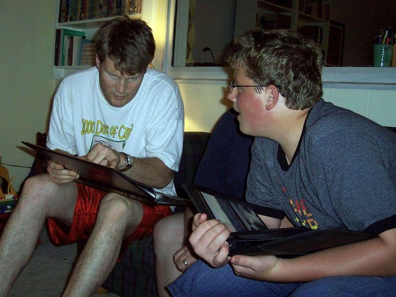 Kris showing Dane some photos