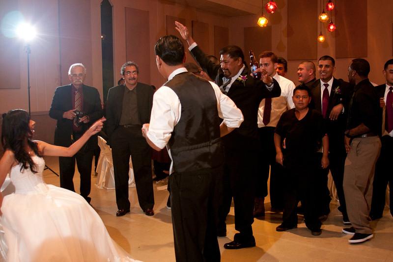2011-11-11-Servante-Wedding-715.JPG