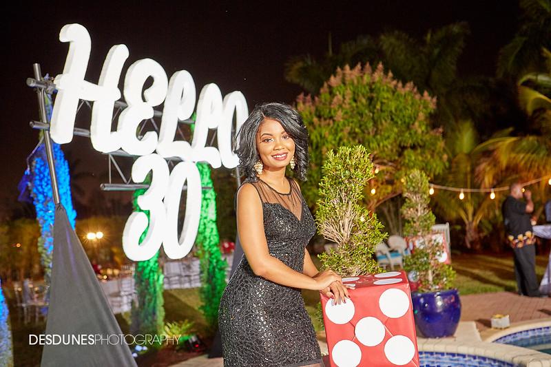 VanessaHelo30-0191.jpg