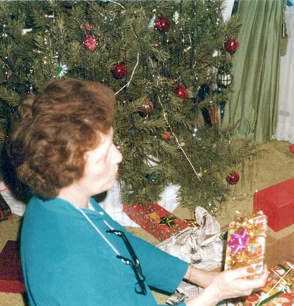 christmas 1978 Vivian.jpeg
