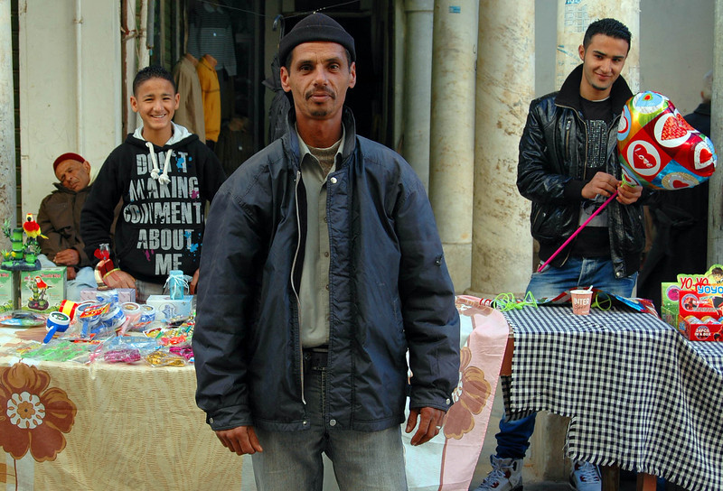 Benghazi: old city, market