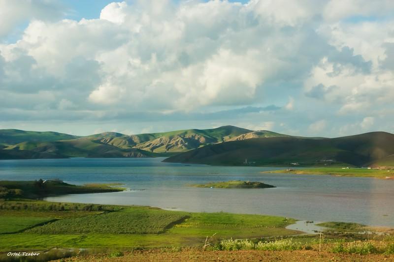 נוף בהרי האטלס 2.jpg