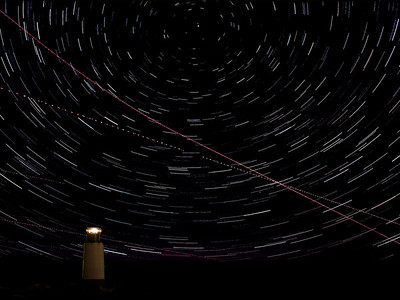 WINTER ISLAND LIGHTHOUSE+STAR TRAILS