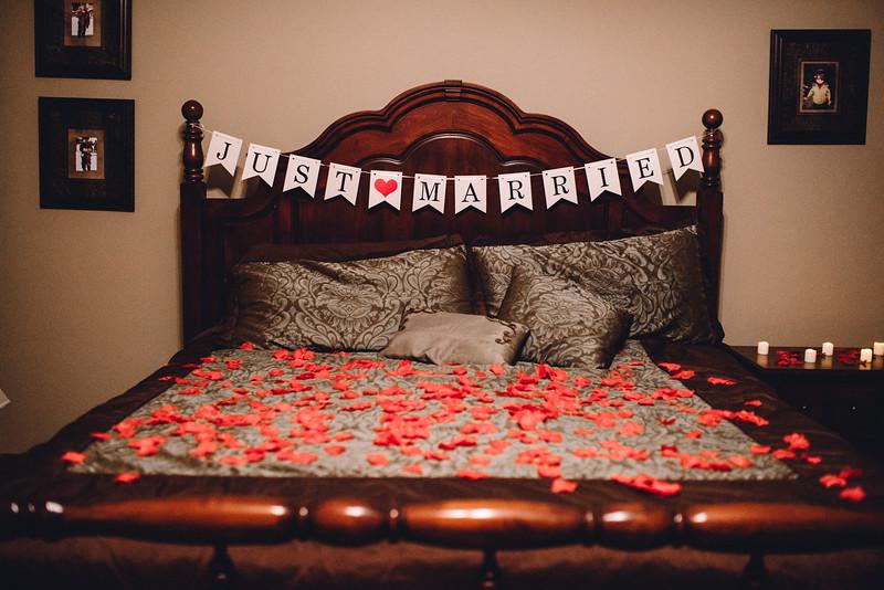 Requiem Images - Luxury Boho Winter Mountain Intimate Wedding - Seven Springs - Laurel Highlands - Blake Holly -1477.jpg