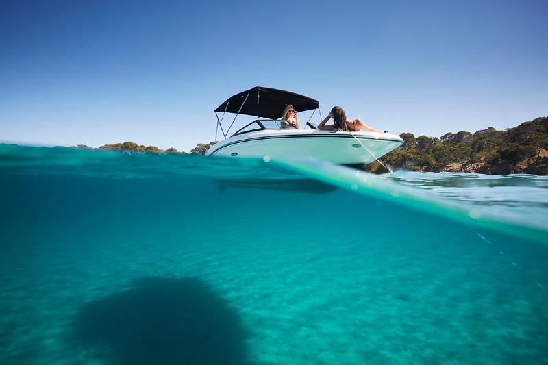 2020-SPX-190-ob-lifestyle-underwater (1).jpg