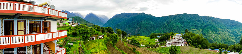 View from our tea house in Ghandruk