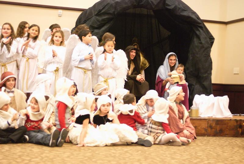 2014-12-21-Christmas-Pageant_150.jpg