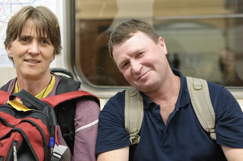 Ein Russe nahm in der Metro Kontakt mit uns auf und wollte unbedingt, dass wir ein Bild machen. Helga war das etwas suspekt.