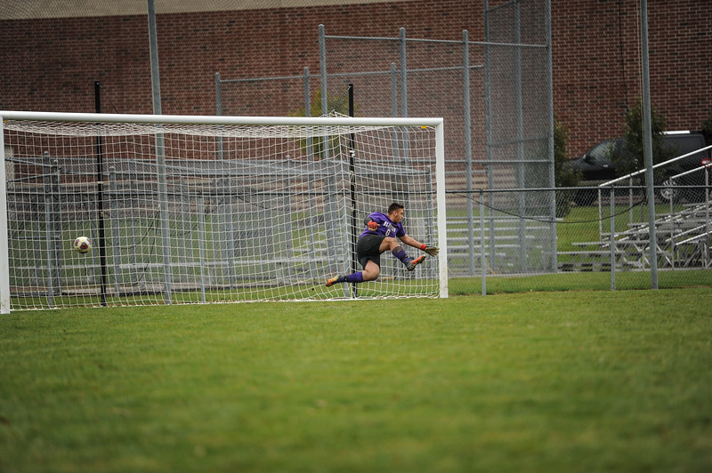 10-27-18 Bluffton HS Boys Soccer vs Kalida - Districts Final-400.jpg