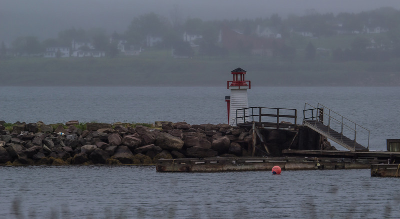 Mulgrave, breakwater navigation light