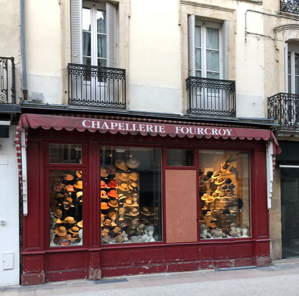 Hat store in Burgundy