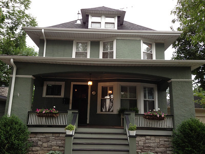 House Shots - iPhone and Zillow