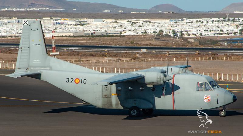 Spanish Air Force_C212_T-12B-36__ACE_20061015Ramp_Sun_DSC0741_AM.jpg