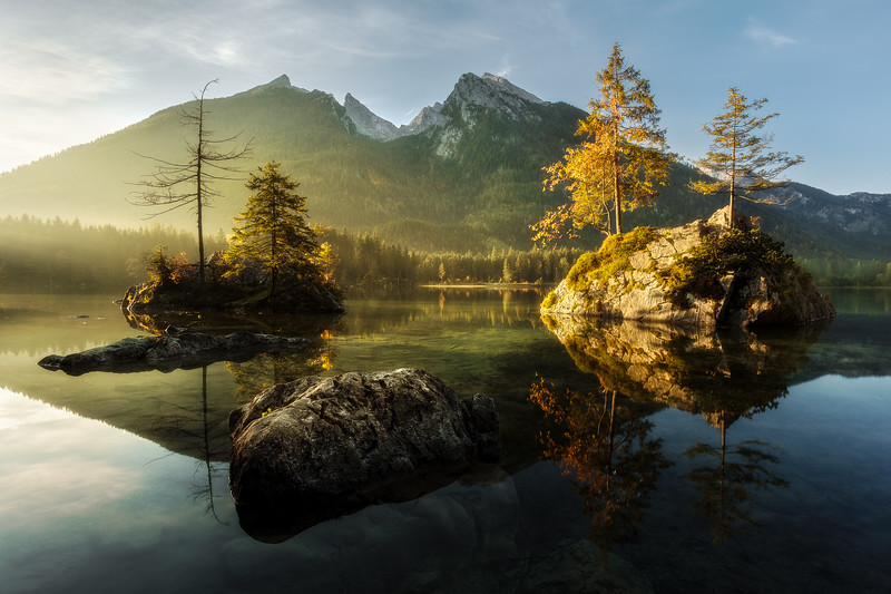 Hintersee sunrise morning islands germany lake berchtesgarden.jpg
