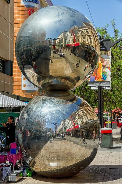 The 'Mall's Balls'