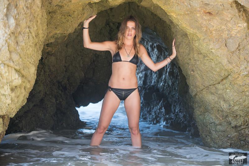 Nikon D800E Photos of Swimsuit Model Goddess in Sea Cave