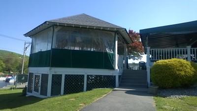 Emerald Point Restaurant & Marina