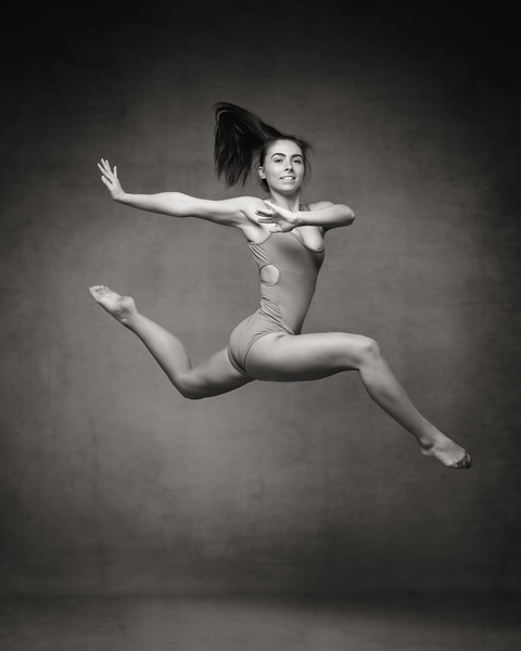 elli-preece-dancer-portfolio-2019-147-Edit.jpg