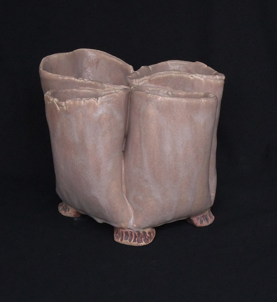 "#458  4 pocket pot, 9"" across,  5.5"" deep,  7"" tall"