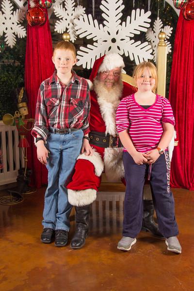 Santa 12-16-17-308.jpg