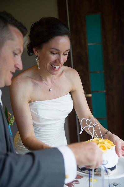 bap_schwarb-wedding_20140906152935_D3S1690