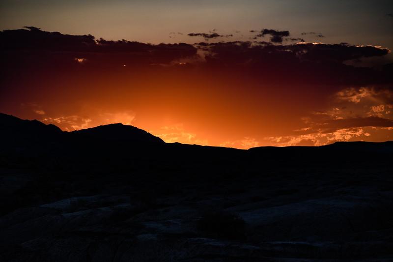 Sunset-DevilsKitchenBighornBasin.jpg