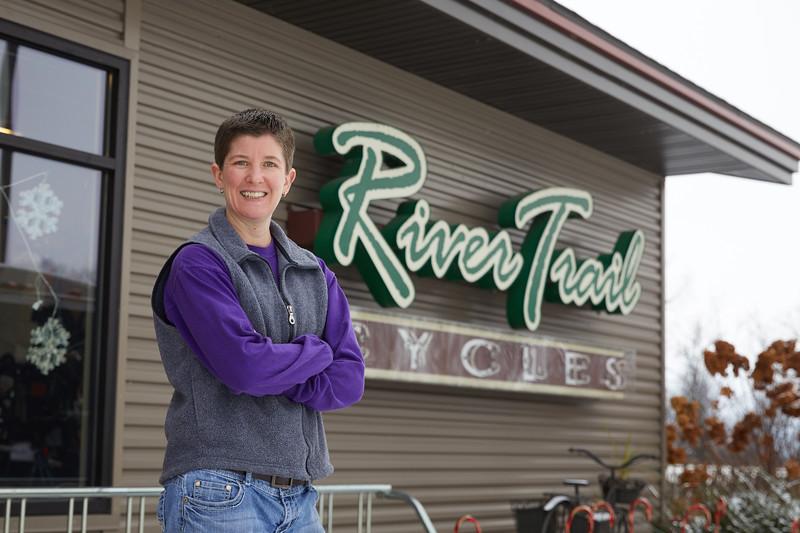 2018 UWL Emily Vance River Trail Cycles 0016.jpg
