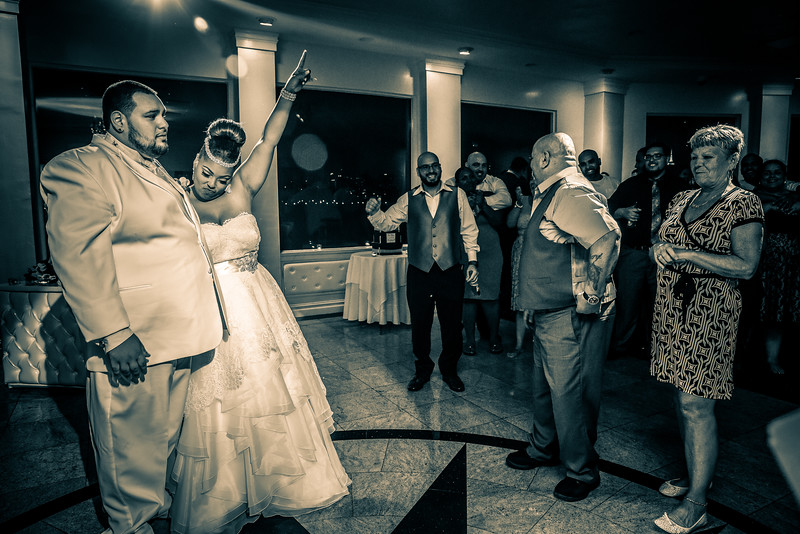 MER__1337_tonya_josh_new jerrsey wedding photography.jpg