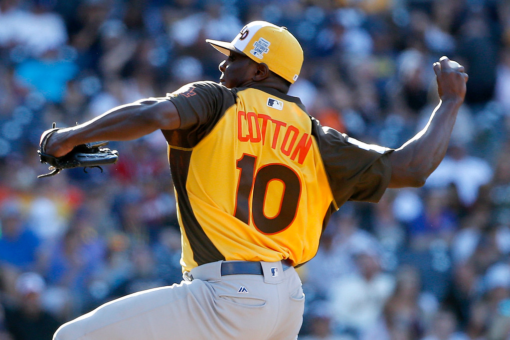 . World Team\'s pitcher Jharel Cotton, of the Los Angeles Dodgers, throws against the U.S. Team during the sixth inning of the All-Star Futures baseball game, Sunday, July 10, 2016, in San Diego. (AP Photo/Lenny Ignelzi)