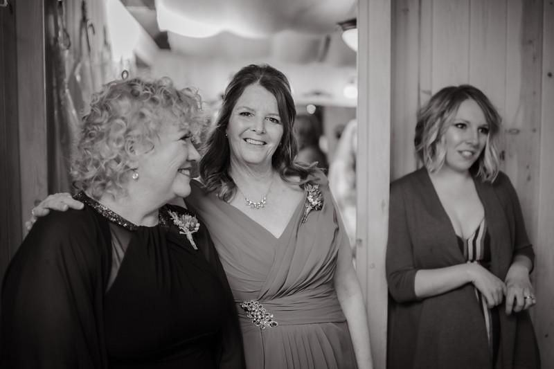 Seattle Wedding Photographer-664.jpg
