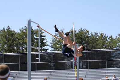 Ken Bell Invite Boys Pole Vault