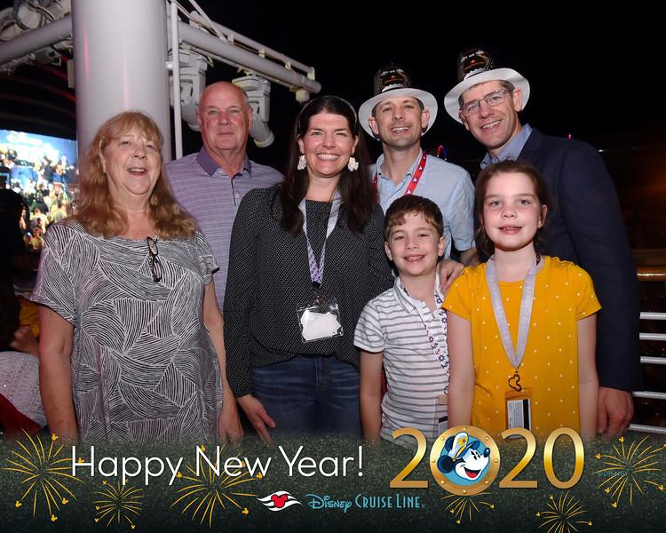 403-124141630-New Years Eve 11 MS-49681_GPR.jpg