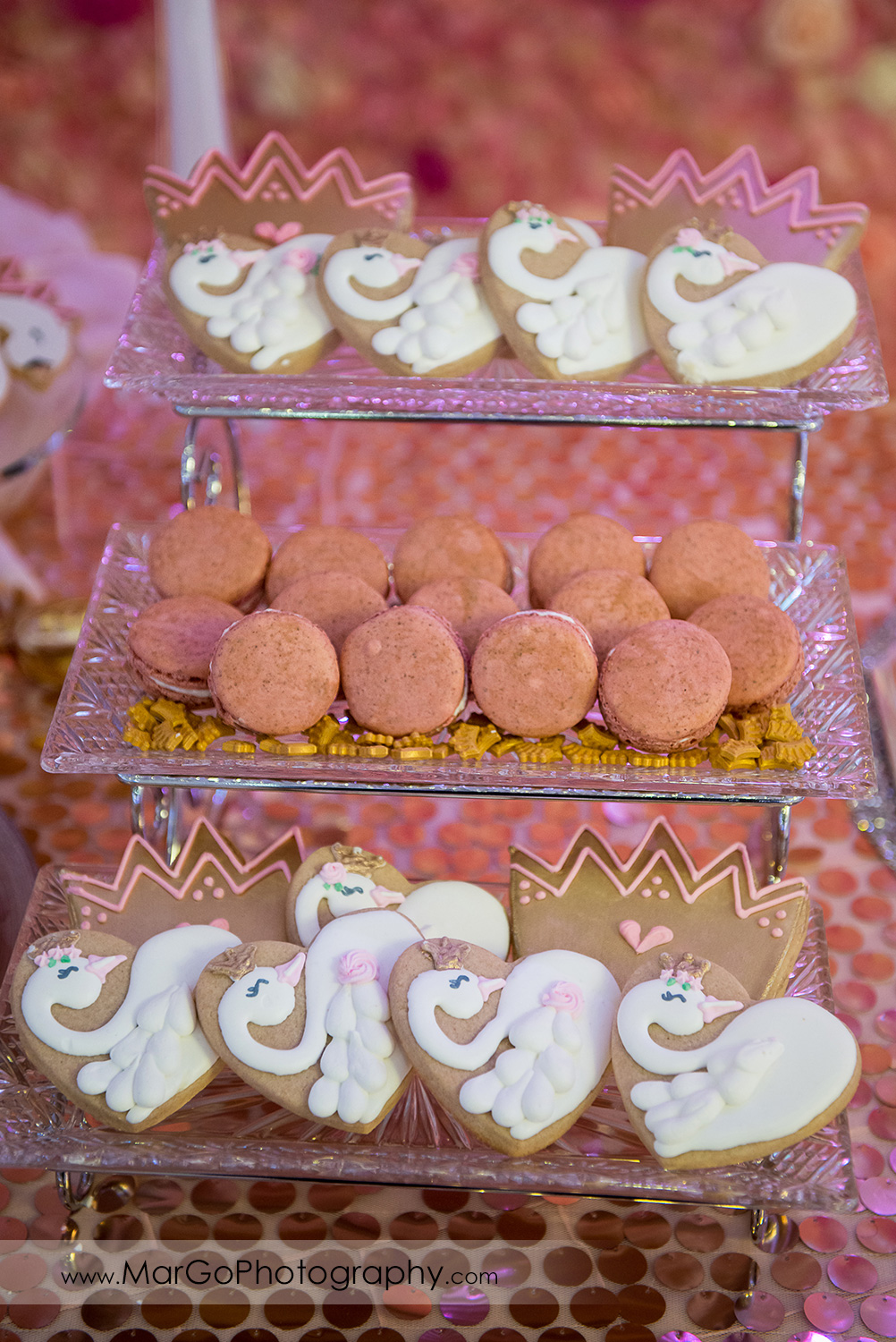 pink and white shans cookies stand at Newark Oasis Palace