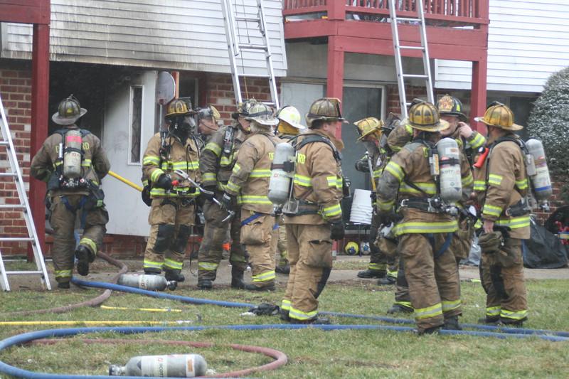 2-9-2015(Gloucester County) DEPTFORD - 1060 Delsea Drive - Chestnut Lane Apartments - 2nd Alarm Building Fire