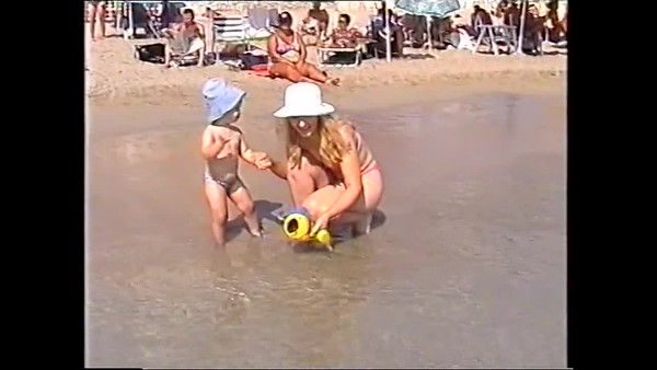 2000v Annie in Spain