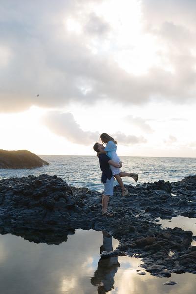 kalapaki-lighthouse-engagement-27.jpg