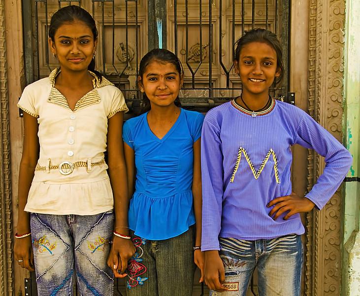 India-2010-0212A-279B.jpg