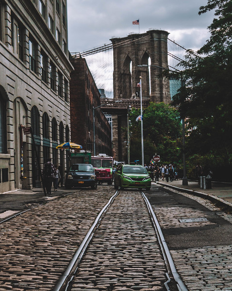 Brooklyn bridge train tracks.jpg