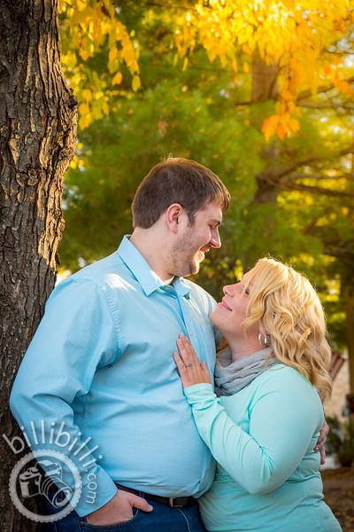John and Johnann - Bentonville Engagement Photos-4.JPG