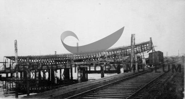 Boats: Steamboat-Typhoon