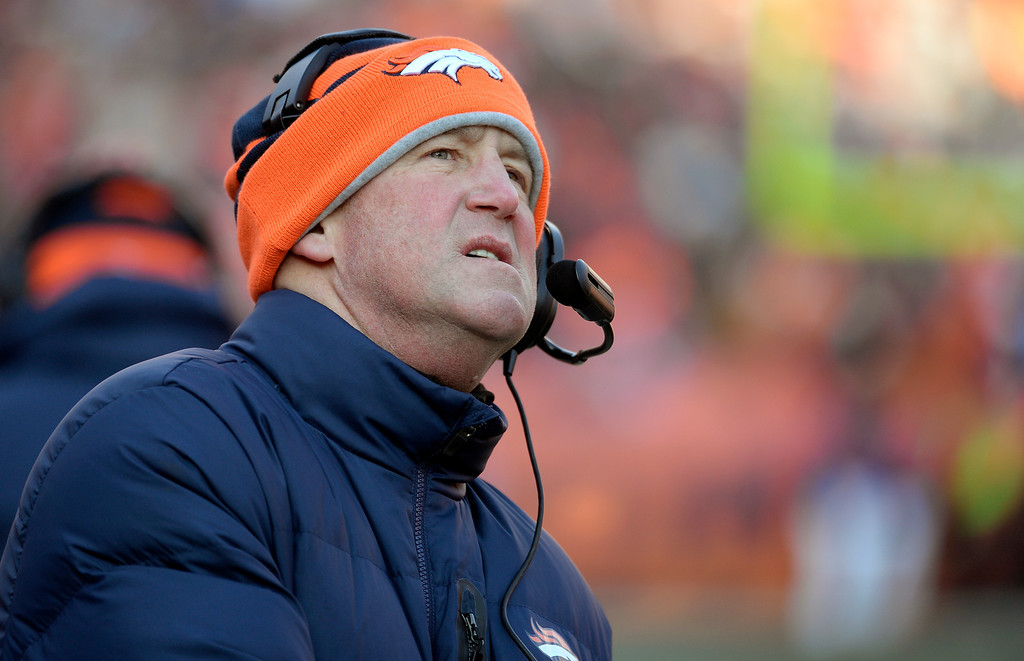 . Denver Broncos head coach John Fox on the sideline during the first half.  (Photo by Tim Rasmussen/The Denver Post)