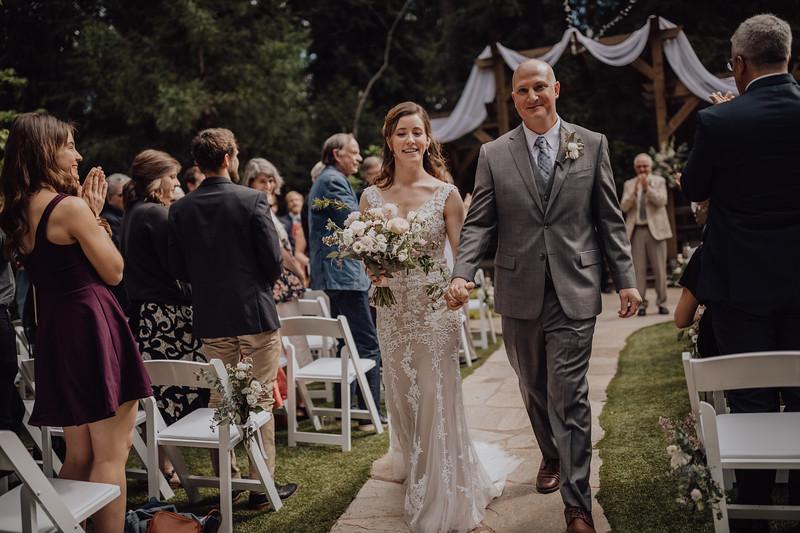 2018-05-12_ROEDER_JulieSeth_Wedding_ROEDER1_0154.jpg