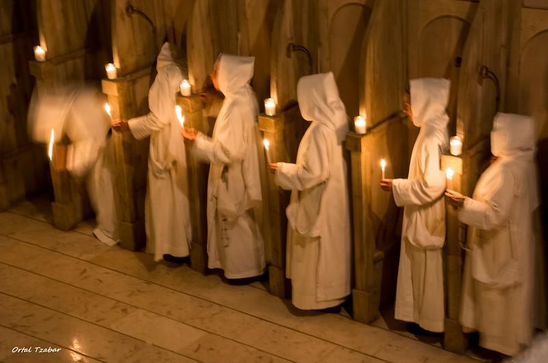 נזירות6.jpg